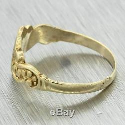 1880s Antique Victorian Estate 14k Yellow Gold Shield Crest Signet Ring