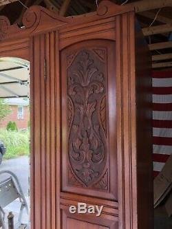 Gorgeous Estate Antique Victorian Armoir, Walnut. Beveled Mirror Front, Must See