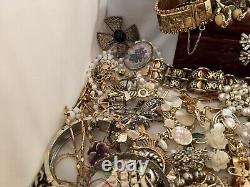 Huge Vintage Antique Estate Jewelry Lot Art Deco Modernist Victorian. Unique #2