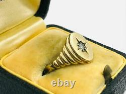 Victorian 14K Gold. 05ct Diamond Star Etched Signet Ring