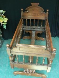 Victorian Walnut Antique Rocking Baby Crib Bed Carved Rare Estate Fine